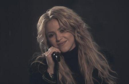 test de pop latino - imagen del video sale el sol de shakira