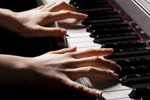 test la forma de las manos y el caracter de la persona