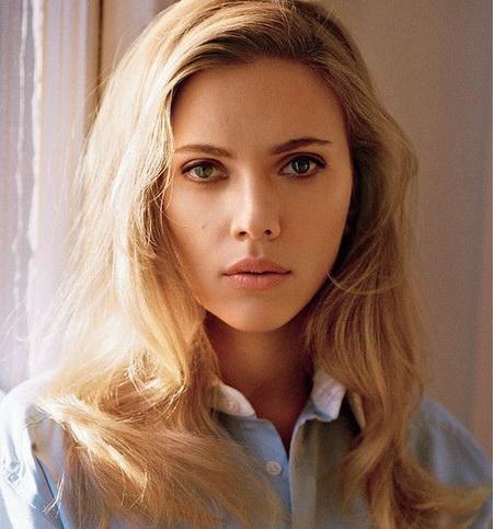 Scarlett Johansson sexy foto